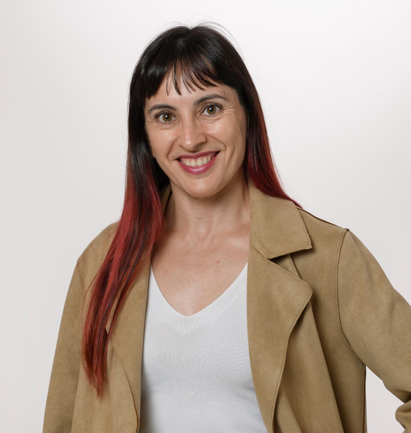 Elisabeth Niubó, experta inmobiliaria en Gavà - Vida Mejor Inmobiliaria