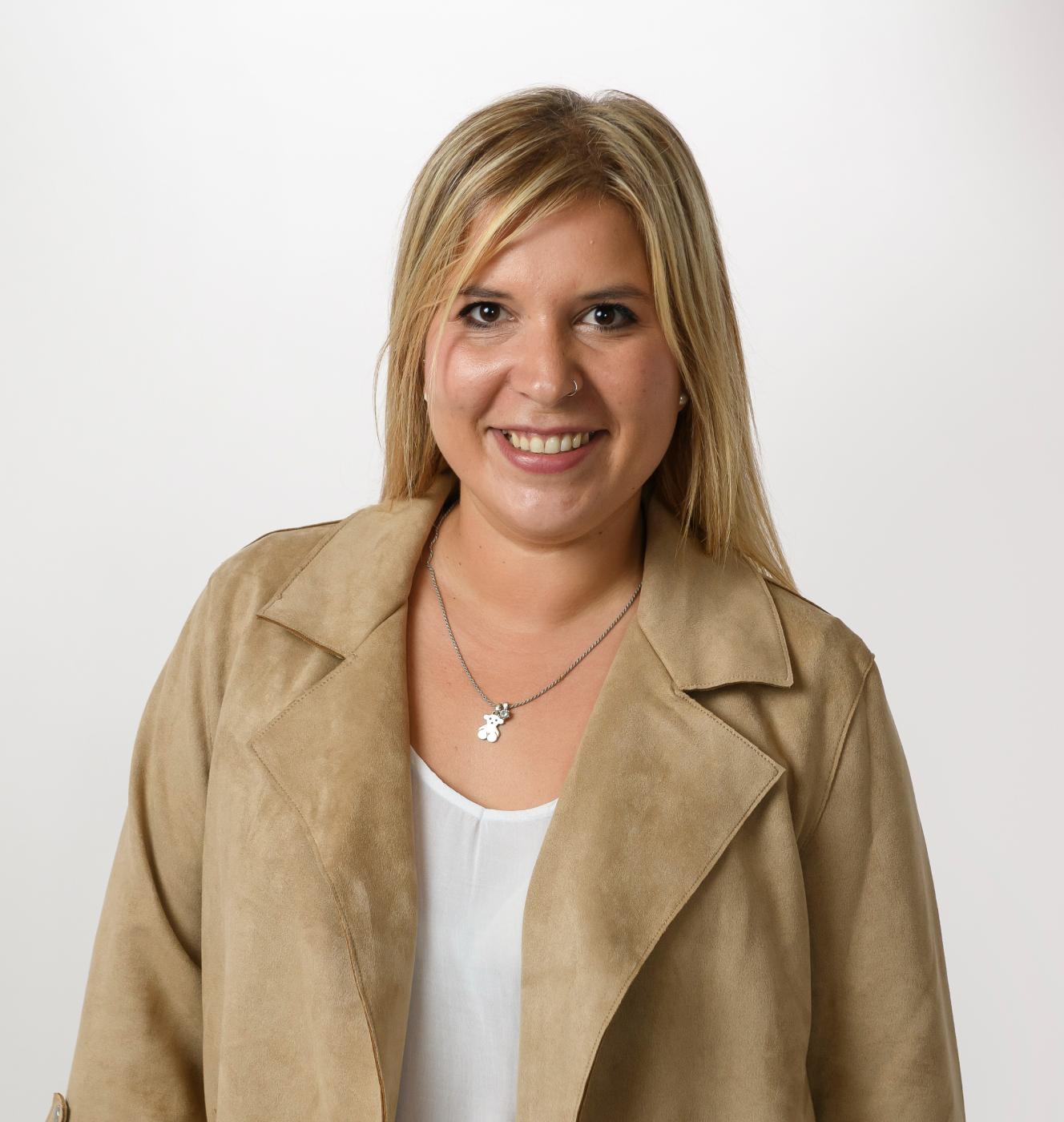 Paola Karina, experta inmobiliaria en Gavà - Vida Mejor Inmobiliaria